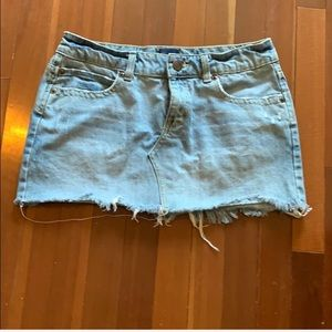 Aeropostale Distressed fray hem denim skir…